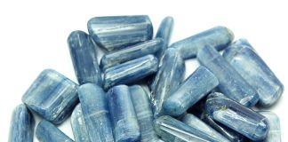 Crystal Combinations for kyanite