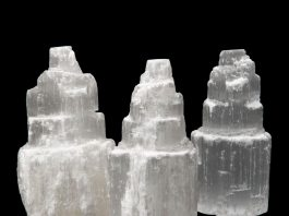 Crystal Combinations for Selenite