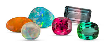 Crystal Combinations for Opal