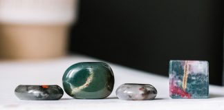 Crystals for Healing Abscesses