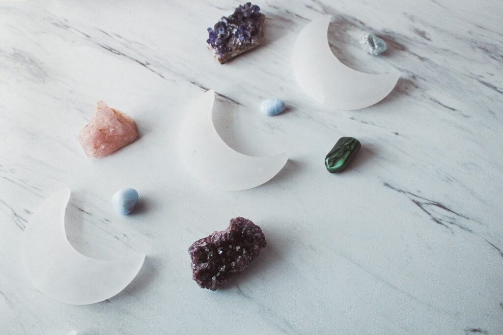 Crystal Combinations With Selenite